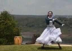 Abril Frías, tiene 16 años y salió tercera en el Campeonato Nacional de Malambo Femenino