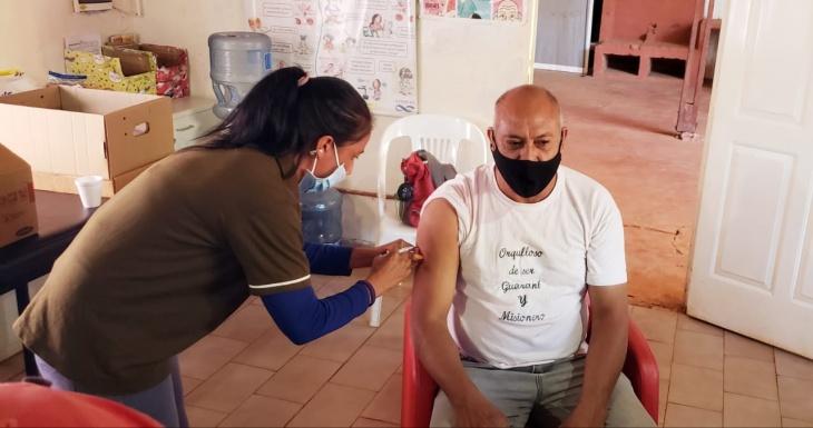 Comunidades Guaraníes comenzaron a recibir dosis de la vacuna contra el coronavirus