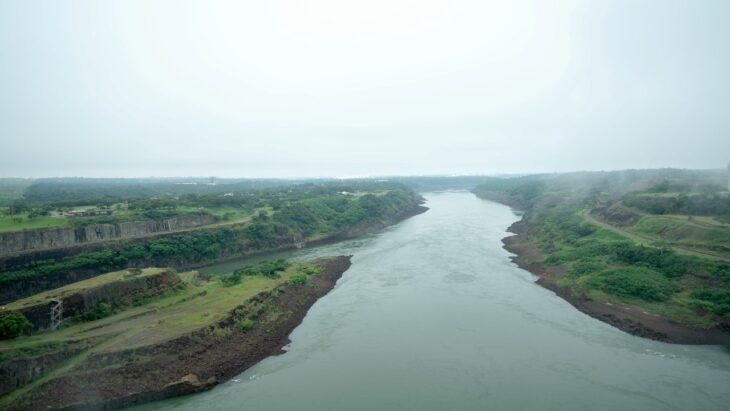 Itaipu concluye este lunes la operación especial para elevar el nivel del río Paraná